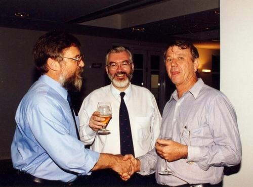 Medium farewell brendan doran director dfat darwin. mr. hugh bradley. 18 nov 1996.