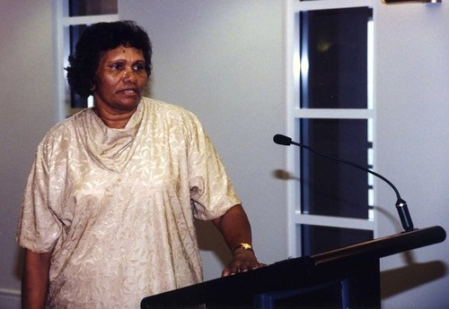Medium eileen cummings was born in central arnhem land  and is a member of the  stolen  3