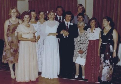 Medium shane   josephine wedding family photo 10 dec 1977