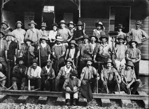 Medium railway workers on the dalby line in the 1860 s
