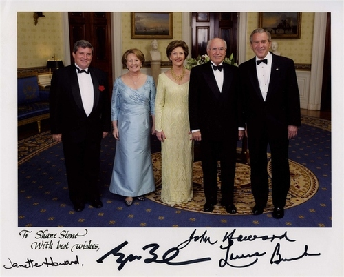 Medium white house dinner washington  usa may  2006